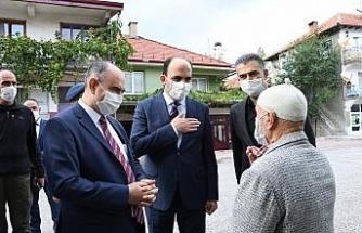 Vali Özkan ve Başkan Altay Derebucak'ta vatandaşlarla buluştu