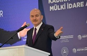 """İçişleri Bakanı Soylu: """"Kadını vuracağına kendini vur, delikanlısın ya"""""""