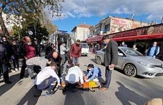 İznik'te traktör ve motosiklet kafa kafaya çarpıştı. bir kişi başından yaralandı