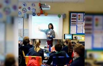 Mudanya'nın gururu Nazlı Aras yılın öğretmeni seçildi