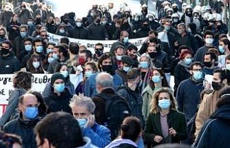 Yunanistan'da korona virüs karantinası bir hafta uzatıldı