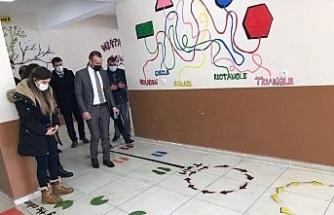 Ağrı Milli Eğitim Müdürü Tekin, Patnos ilçesindeki dil sokaklarının açılışlarını gerçekleştirdi