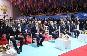 """AK Parti Genel Başkan Yardımcısı Canikli: """"Macron bükemediği bileği öptü"""""""