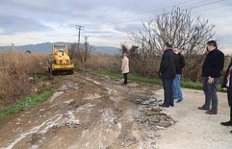 Başkan Çetin Akın arazi yollarını inceledi