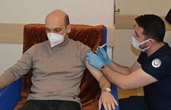 Besni'de ilk korona virüs aşıları yapılmaya başlandı