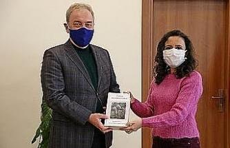 Cumhurbaşkanlığı himayesinde hazırlanan kitaba KSBÜ desteği