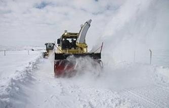 Erzincan'da 172 köy yolu ulaşıma kapandı