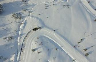 Erzincan'da 267 köy yolu ulaşıma kapandı