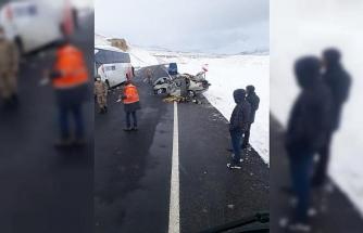 Erzurum'da feci kaza: Anne ve çocuğu hayatını kaybetti
