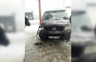 Iğdır'da kar yağışı beraberinde kaza getirdi