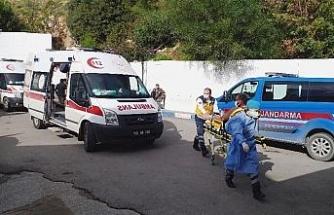İnşaat işçileri taşlarla, sopalarla birbirine girdi, 3 kişi yaralandı