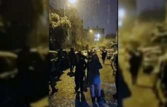 Kar gören Muğlalılar Corana'yı unuttu