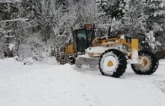 Karabük'te 30 köy yolu daha ulaşıma açıldı