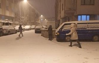 Kütahya'da vatandaşların kar keyfi
