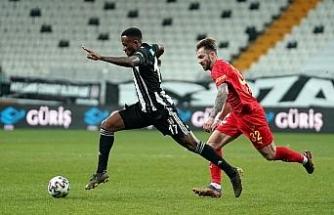 Süper Lig: Beşiktaş: 0 - Göztepe: 1 (İlk yarı)
