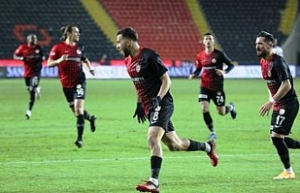 Süper Lig: Gaziantep FK: 1 - Hatayspor: 0 (İlk yarı)