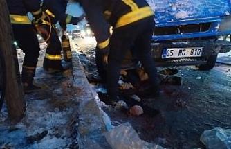 Van'da 12 aracın karıştığı trafik kazasında 3 kişi yaralandı