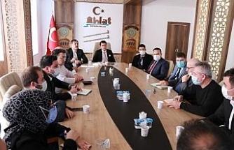 Ahlat'ta 'Turizm Altyapısını Geliştirme ve Çevre Yönetimi' toplantısı