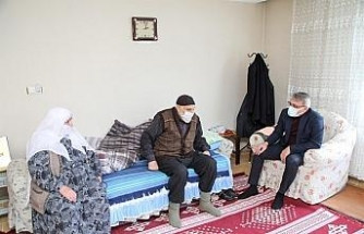 Bingöl Valisi Ekinci'den ev ziyaretleri