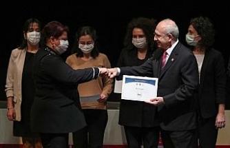 Buca Belediyesine Kılıçdaroğlu'ndan proje sertifikası