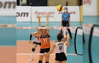 Eczacıbaşı VitrA, Beylikdüzü Voleybol İhtisas'ı 3-0 mağlup etti
