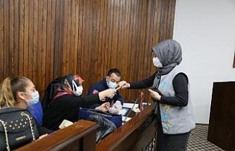 Edremit Belediyesi personeline Covid-19 testi yapıldı