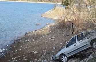 Faciayı yol kenarındaki kayalar önledi: 3 kişi ölümden döndü