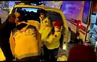 Karla kaplı mahalledeki epilepsi krizi geçiren gencin yardımına 112 yetişti