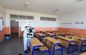 Pamukkale Belediyesi tüm okulları dezenfekte etti