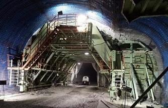 Türkiye'nin en uzun üçüncü tünelinde sona doğru