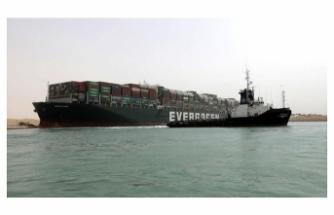 10 milyar dolara mal oldu, Mısır gemiyi alıkoydu