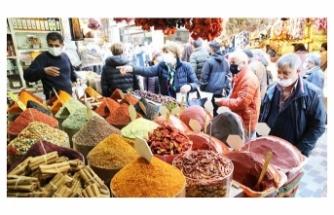 Ramazan öncesi alışveriş yoğunluğu yaşanıyor