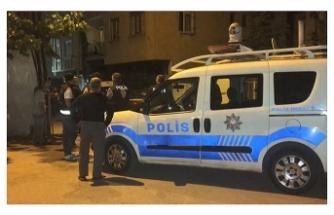 Bursa'da kavga ihbarına gelen polislere ateş açtı: 1'i polis 2 yaralı