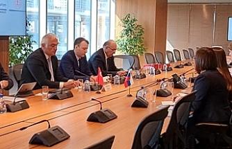 Türk heyetten Moskova çıkarması: Sözcü Kalın ve Bakan Ersoy Rus heyetle görüştü