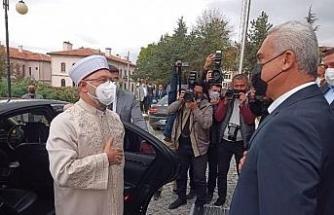 Diyanet İşleri Başkanı Erbaş, Kastamonu'da Mevlid Kandili programına katıldı
