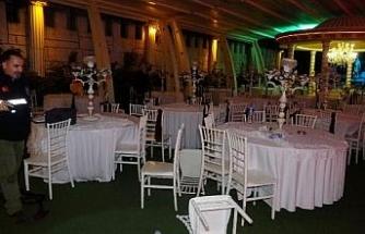 Düğünde husumetli akraba kavgası: 1 ölü, damat dahil 5 yaralı