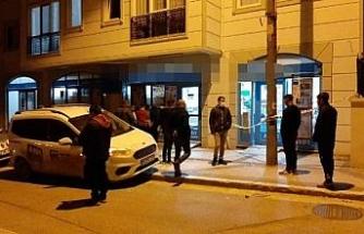 Edirne'de marketi soyan şüpheli, kilitli kapının camını kırarak kaçtı
