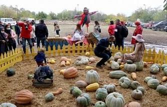Karaağaç Kabak Festivali'ne 15 bin kişi katıldı
