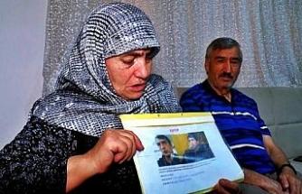 Kayıp oğlunu 10 yıldır arıyor