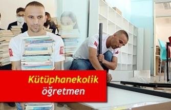 Kütüphanekolik öğretmen