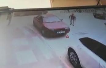 Bursa'da feci kaza! Otomobil ile motosiklet çarpıştı...