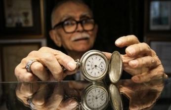 Saat ustası Özbilgin 70 yıldır zamanı ayarlıyor