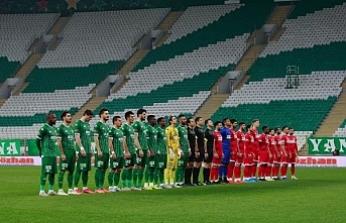 Bursaspor 15 günde 4 maça çıkacak