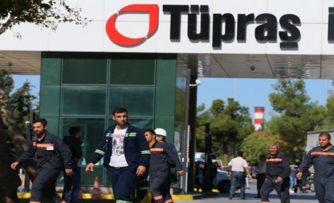 İzmir'de tTÜPRAŞ  rafinesi patladı
