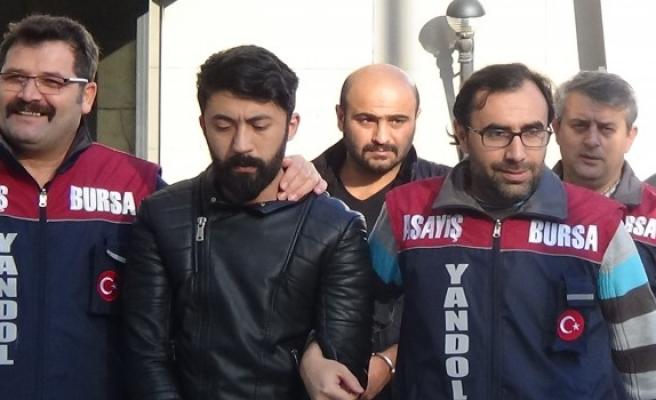 Bursa'da polisle işbirliği yapan kurnaz çift, dolandırıcıları dolandırdı
