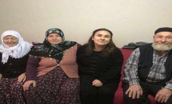 Bursa'da evlatlık verdiği kızına 39 yıl sonra Facebook'tan ulaştı
