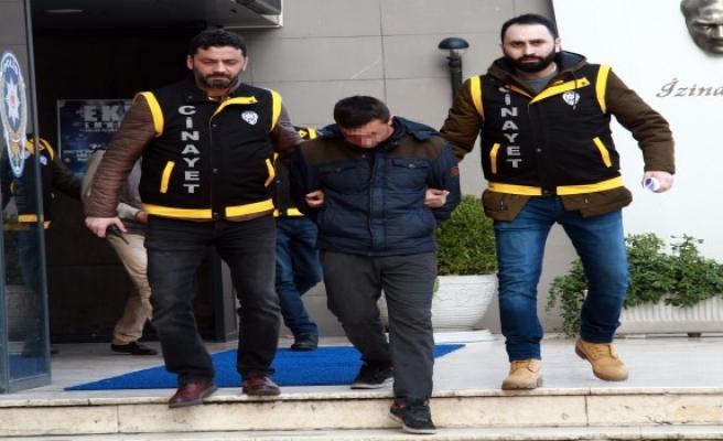 Polisi yaralayan iki zanlı adliyeye sevk edildi