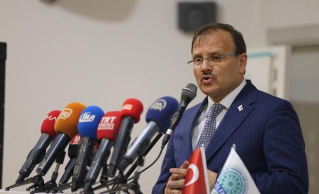 Başbakan Yardımcısı Çavuşoğlu, BİLDEF gecesine katıldı