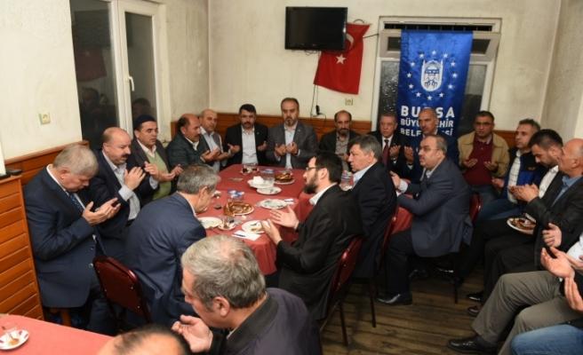 Başkan Aktaş Bursalılarla Bereket Sofrası'da buluştu