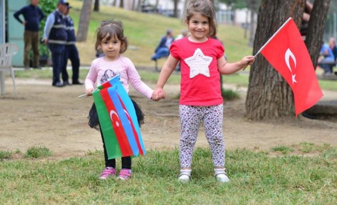 Haydar Aliyev'e Yıldırım'dan vefa